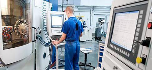 Inventor HSM: So nutzen Sie das Multi -Achsen -Neigen beim CNC-Fräsen