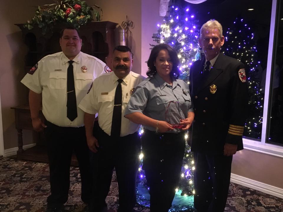 mcesd9 christmas banquet (angelique volunteer award)
