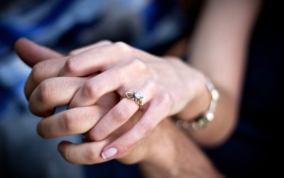 Looking for Engagement Rings? Why You Should Choose Personalized Rings