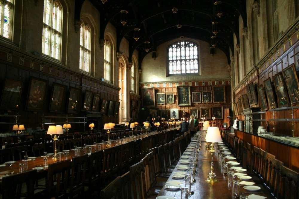 Salle à dîner de collègue où a été tourné Harry Potter Source: julitownsendbirth.wordpress.com.jpg