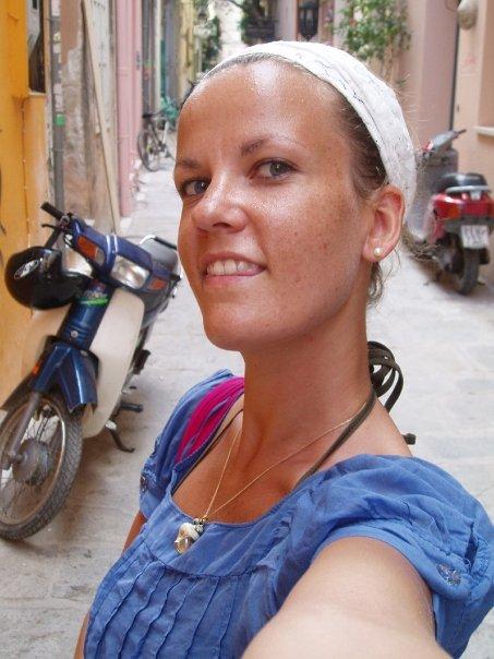 Dorothée Coupat, expatriée, voyage en Grèce