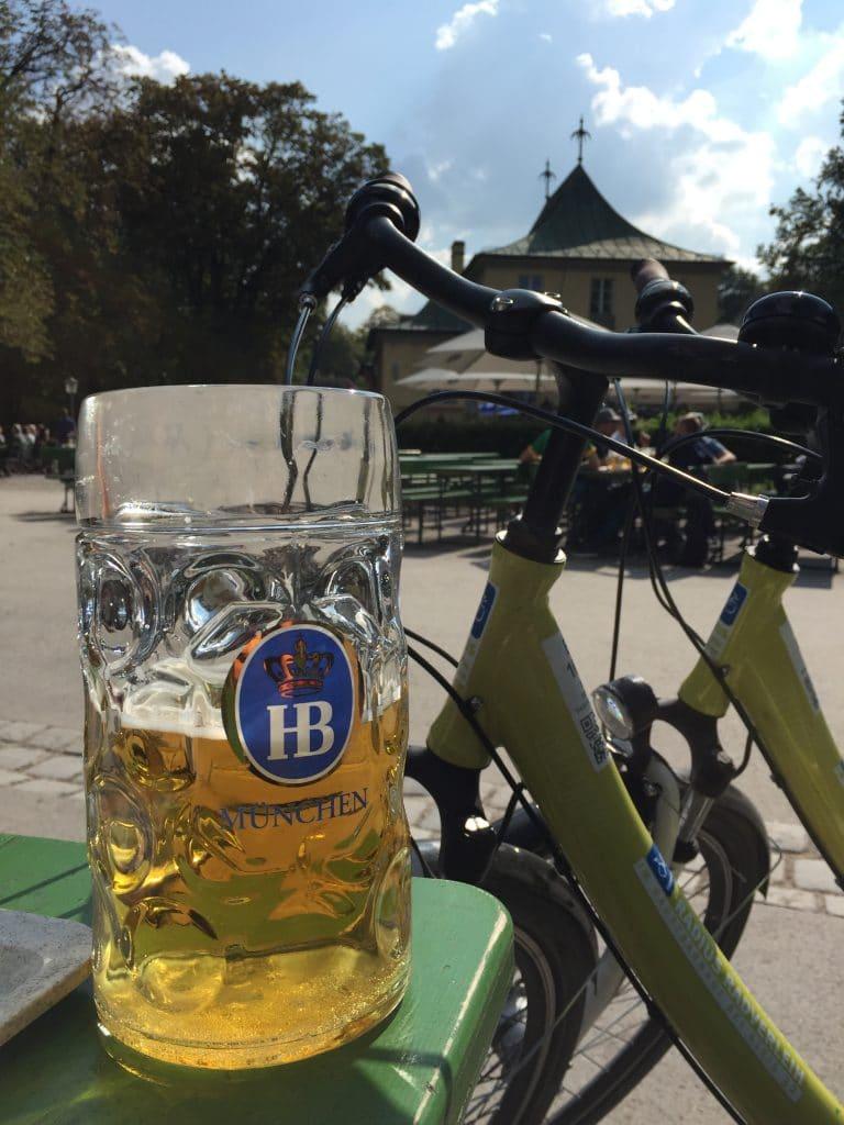 Biergarten Munich Enlighgarten