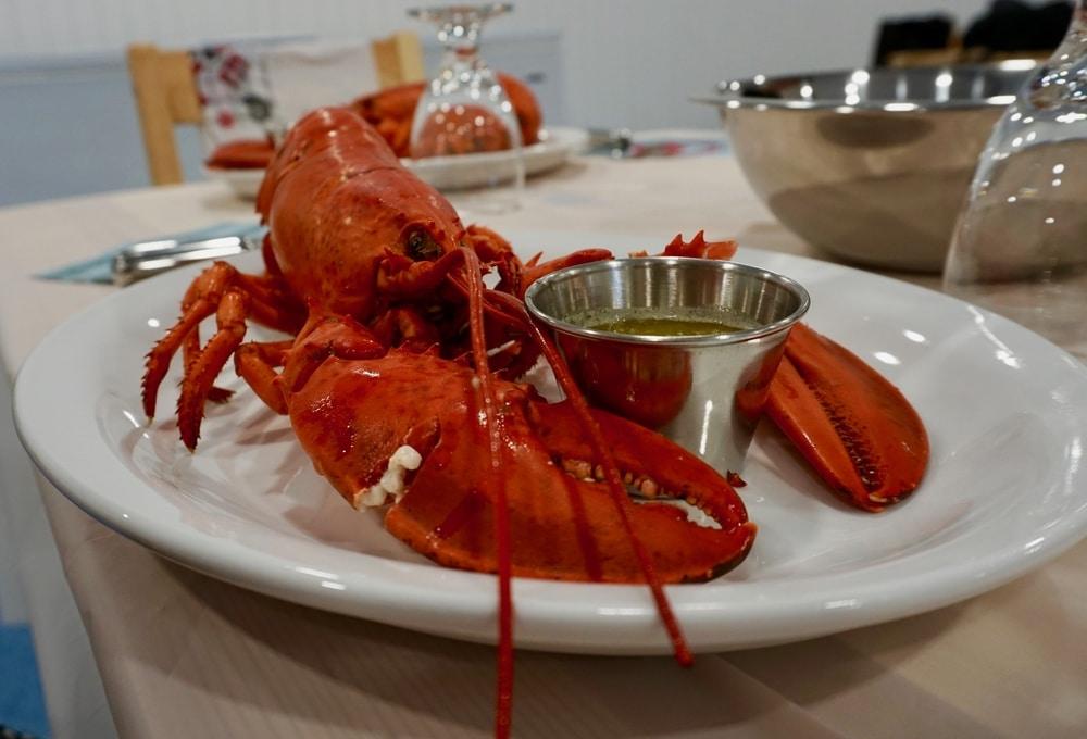 Mess de homard Îles de la Madeleine chez Fruits de mer Madeleine