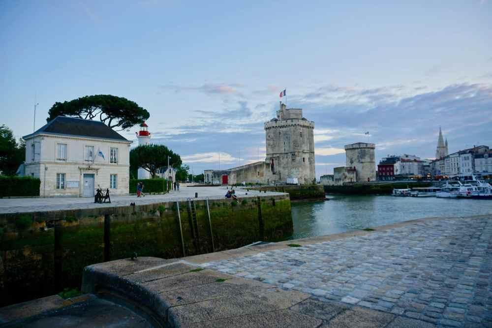 La Rochelle tour St-Nicolas et phare au coucher de soleil