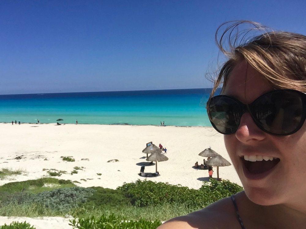A la Playa Delfines a Cancun au Mexique MC Globetrotteuse blogueuse voyage