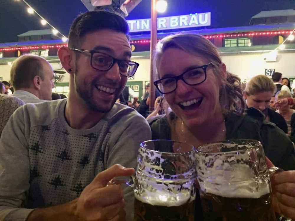 Comment bien choisir son partenaire de voyage? À l'Oktoberfest de Munich
