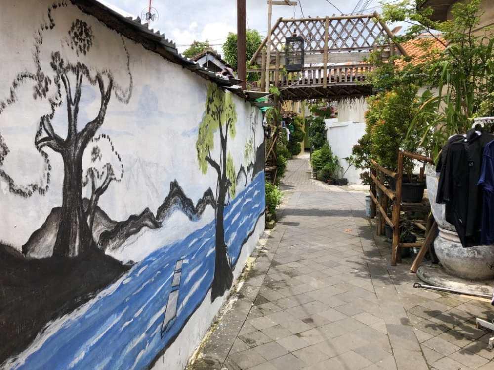 Les rues de Kraton et l'art de rue