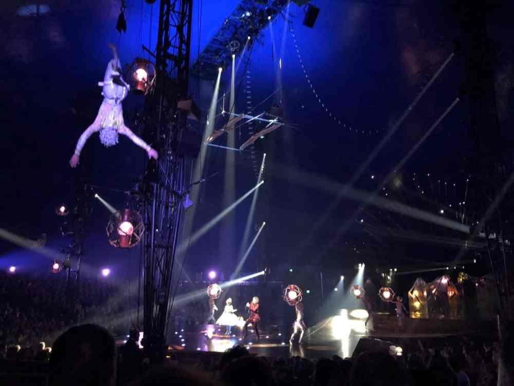 Acrobates du Cirque du Soleil - Alegria - Montréal