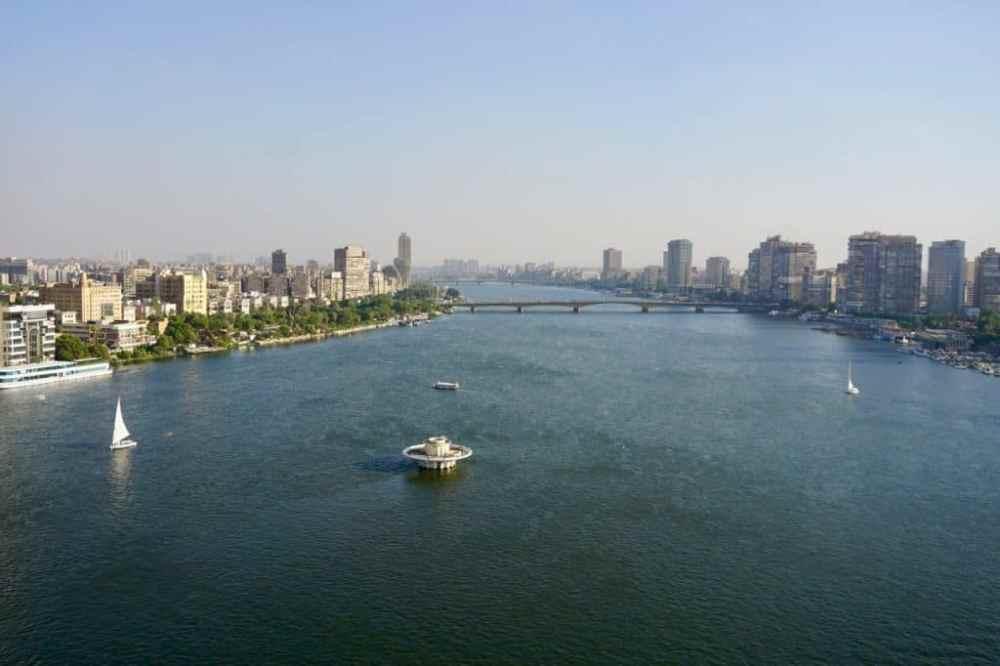 Vue sur le Nil depuis l'hôtel Sofitel El-Gezirah au Caire en Égypte