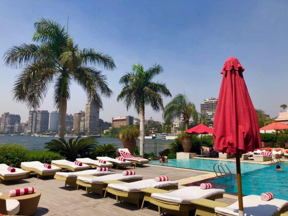 Piscine et terrasse au Sofitel El-Gezirah