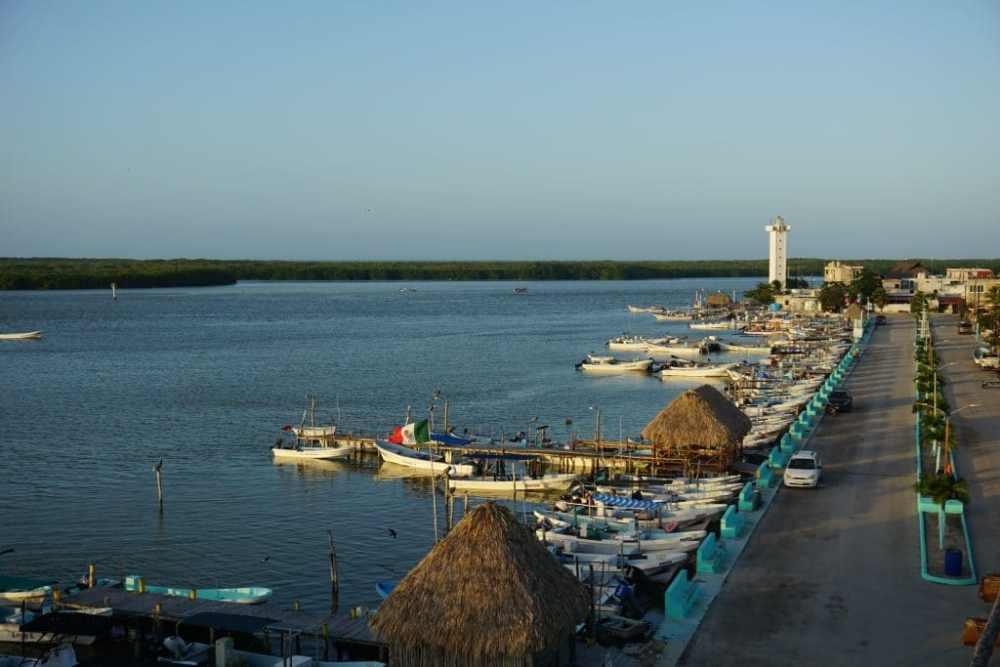 Coucher de soleil sur Rio Lagartos au Mexique