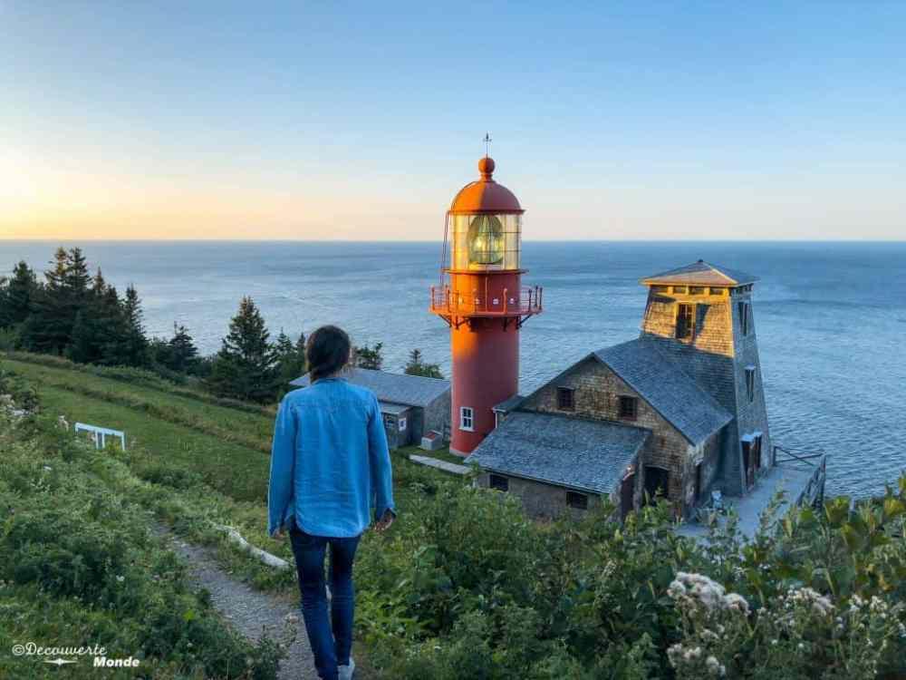 Un phare en bord de mer en Gaspésie