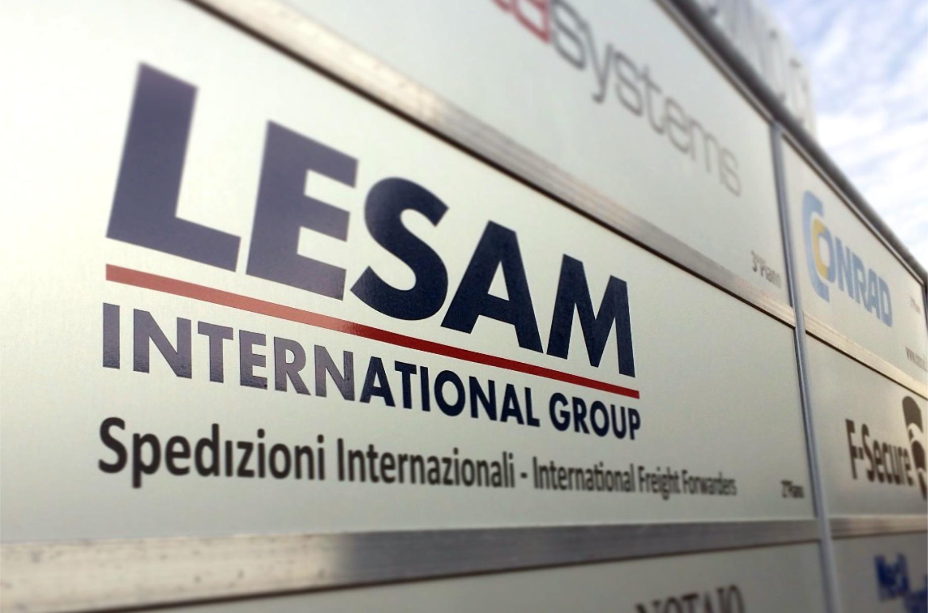 LESAM INTERNATIONAL targa adesivo