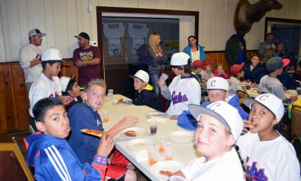 Elks host little leaguers