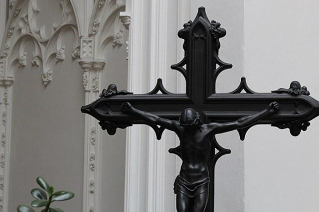 Sayn Palace cross