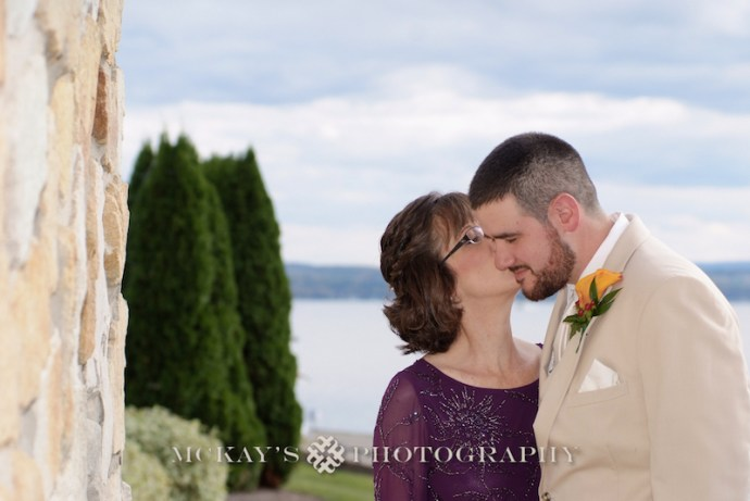 modern and unique wedding photographers near Rochester