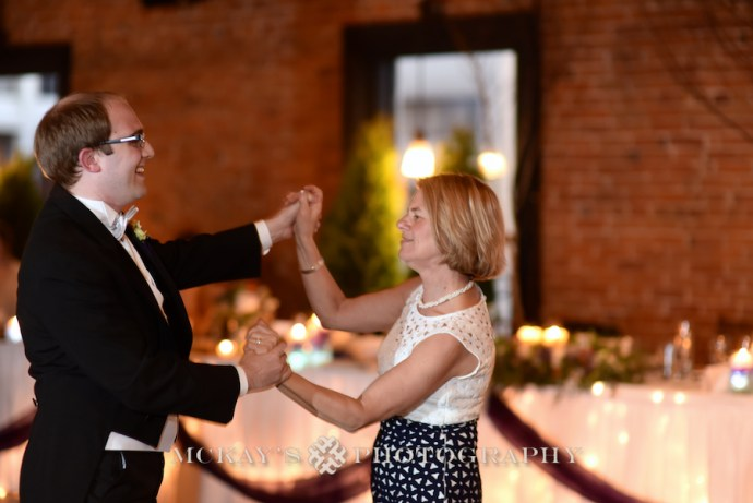 Katelynn & Simon Pinterest inspired Buffalo Wedding photos at the Pearl Street Grill and St. Joseph's Cathedral by Buffalo photographer.