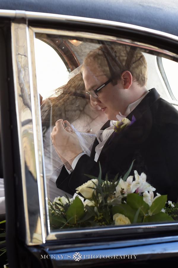 Award winning Buffalo Wedding Photographer Heather McKay