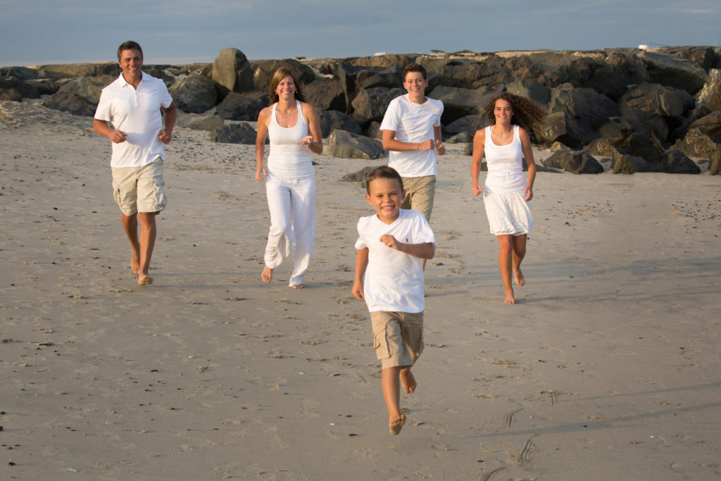 family portraits on the beach 2019 New Jersey