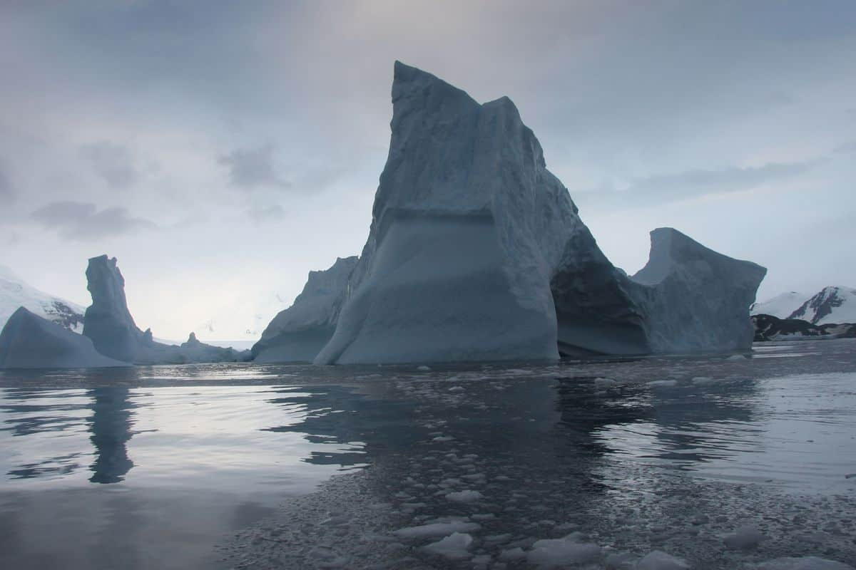 Study finds that hundreds of Arctic glaciers are shrinking, disappearing