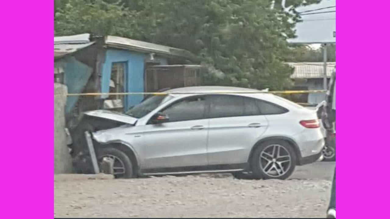 WIFE OF POPULAR BUSINESSMAN SHOT UP BY GUNMEN IN ST ANDREW ( FAMILY TARGETED BY MOTORCYCLE GUNMEN)