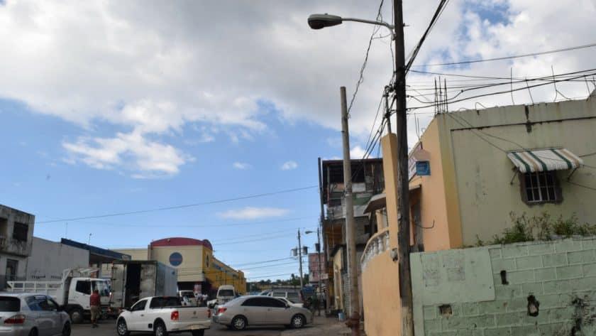 Barnett Lane Needs Street Lights