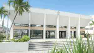 Jamaican Sentenced to 6 Years in Prison in Cayman for Beating Boss with Hammer