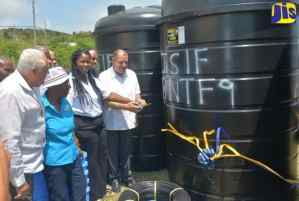 300 St. Elizabeth Farmers Receive Irrigation Equipment Valued at $69 Million