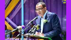 Health Minister Says Enid Bennett Worthy of Renamed School