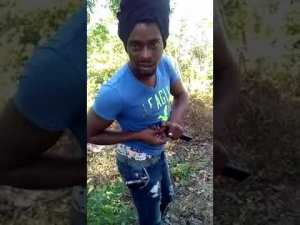 Watch Video: Killi Killi from Westmoreland here Showing off his Guns