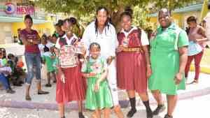 Knavi Ikon Visits Hopewell High School on 4H Day