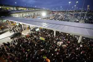 Protest Grows 'Out of Nowhere' at Kennedy Airport After Iraqis Are Detained