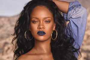Video: Rihanna's Epic 10-Minute Guide to Going Out Makeup | Beauty Secrets | Vogue