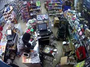 Robbery Captured on CCTV on Barnet Street, Montego Bay Jamaica