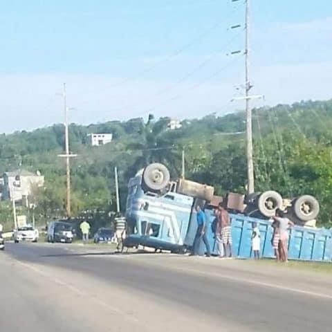 Truck Overturned in Trelawny
