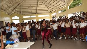 "Yanique 'Curvy Diva' Barrett Releases ""Lifestyle"" Music Video"