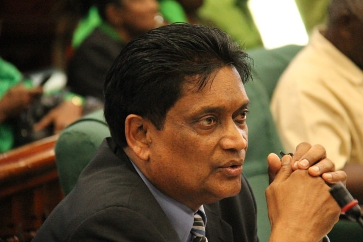 Guyanese Government Collapses