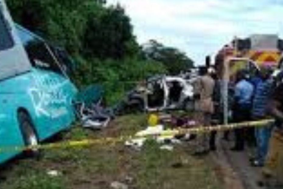 4 dead in Trelawny crash