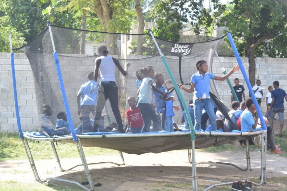 Mobay Jerkfest promoters treat school children