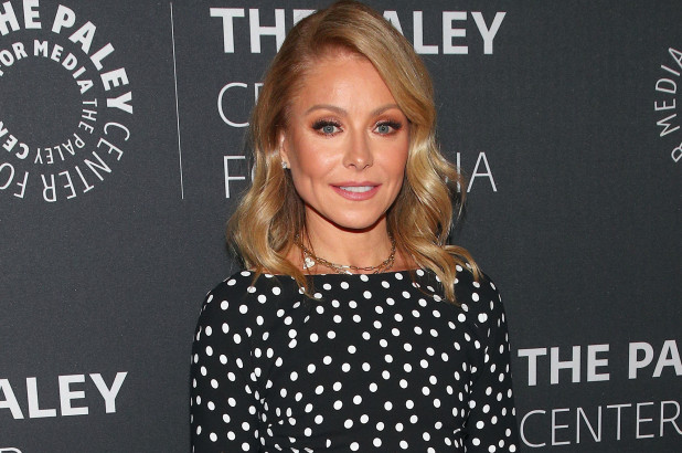 Kelly Ripa cries on-air over difficulties of isolating with family