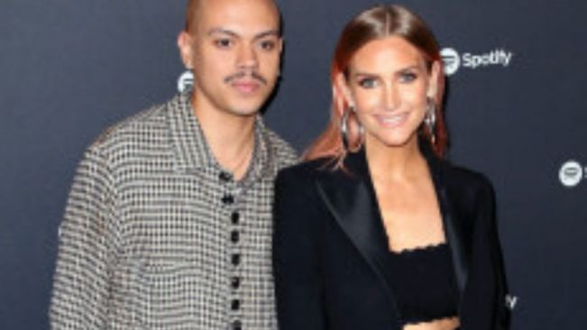 Pregnant Ashlee Simpson and Evan Ross are having a baby boy