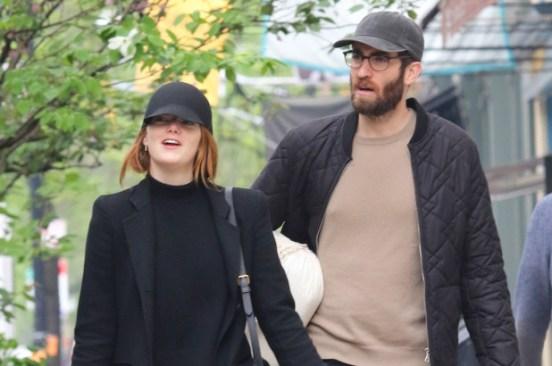 Emma Stone spotted wearing gold wedding band