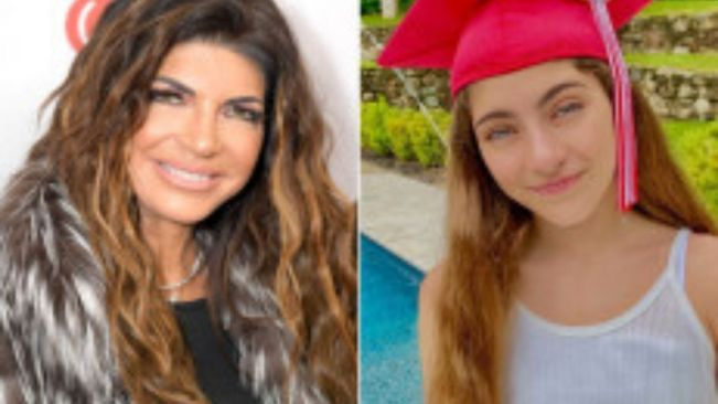 Teresa Giudice's daughter Audriana graduates with drive-thru ceremony