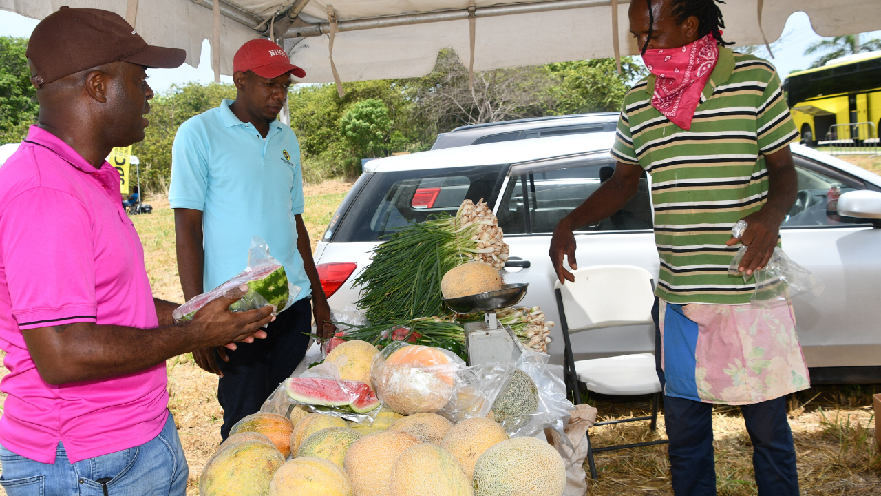 St James residents benefit from SDC community market