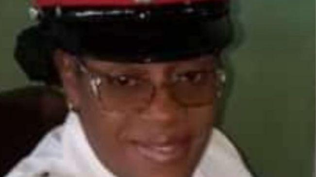 Policewoman dies in crash - Mckoy's News