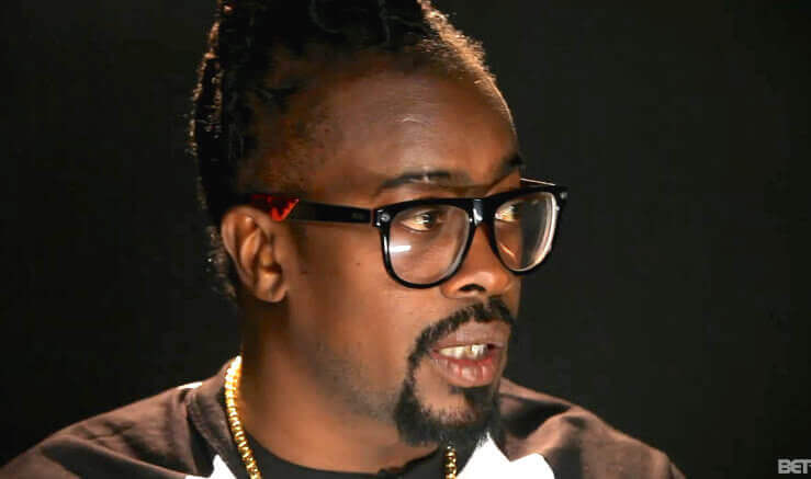 Beenie Man asks for prayers after fainting at his mom's funeral