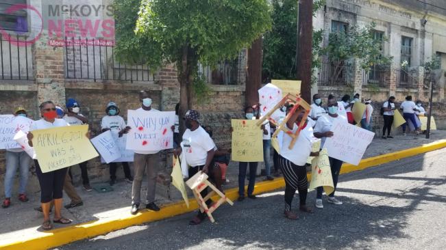 Female Protestors at Gordon House
