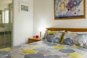Bellevue Green Bedroom