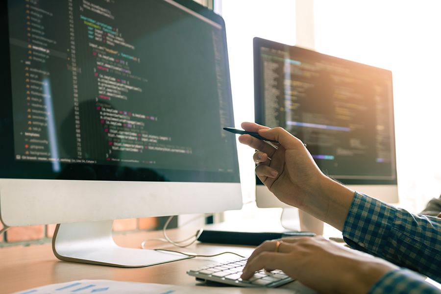 Developing programming working in a software engineers code tech