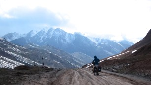 106 'The Kyrgyz border @4280m' - Kyrgyzistan